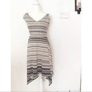 Halo Abstract Chevron Print Dress Size Large